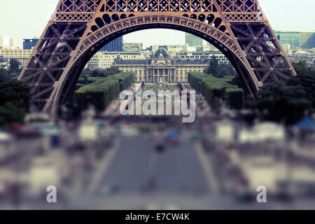 Eiffel Tower, Champ de Mars, Paris, France - Stock Image