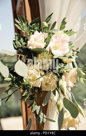 wedding decoration bouquet of flowers - Stock Image