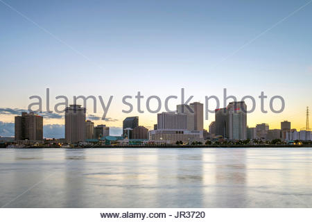 United States, Louisiana, New Orleans. View of downtown New Orleans skyline from across the Mississippi River. - Stock Image