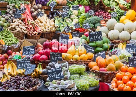 England, London, Southwark, Borough Market, Display of Fruit and Vegetables - Stock Image