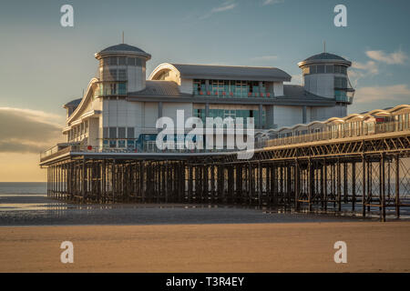 Weston-super-Mare, North Somerset, England, UK - October 04, 2018: View over the beach and the Grand Pier - Stock Image