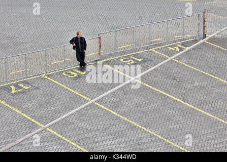 Worker taking a rest in Netherlands, Ijmuiden Harbour - Stock Image
