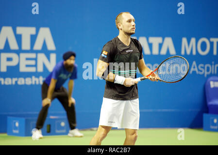 Pune, India. 3rd January 2019. Steve Darcis of Belgium in action in the second quarter final of singles competition at Tata Open Maharashtra ATP Tennis tournament in Pune, India. Credit: Karunesh Johri/Alamy Live News - Stock Image