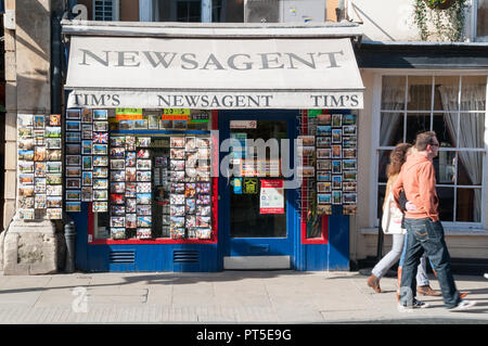Newsagent on High Street, Oxford - Stock Image