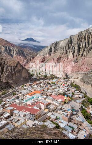 Argentina, Salta province, Quebrada de Humahuaca listed as World Heritage of UNESCO, Iruya village, View from the Mirador La Cruz. - Stock Image