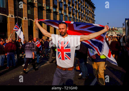 London, UK. 29 March 2019. Protestors in favour of Britain leaving the European Union gathered in Parliament Square after MPs voted against Britain's withdrawal agreement for a third time. Credit Jonathan Rosenthal/ Alamy Live News - Stock Image