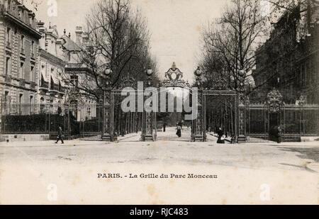 Paris, France - La Grille du Parc Monceau - Gates of the Monceau Park. - Stock Image