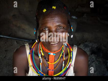 Portrait of a Mudimba tribe woman, Cunene Province, Cahama, Angola - Stock Image