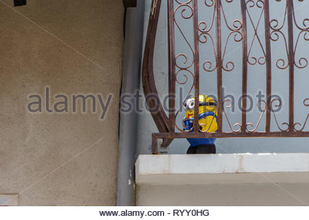 Popular culture figure stands on a balcony in Nicaragua.  It appears to be a locally made copy of a US commercial marketing icon. - Stock Image