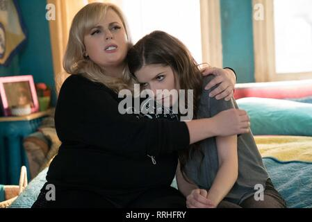PITCH PERFECT 3, REBEL WILSON , ANNA KENDRICK, 2017 - Stock Image