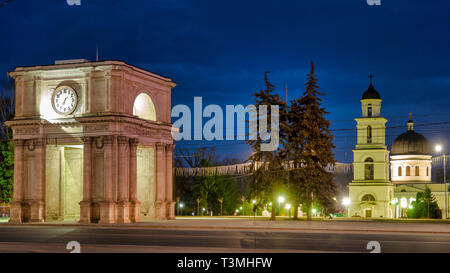 Triumphal Arch in the Great National Assembly Square og Chișinău, Moldova - Stock Image