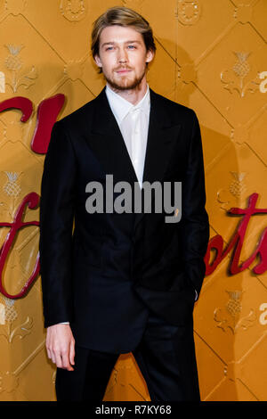 London, UK. 10th Dec 2018. Joe Alwyn at Mary Queen Of Scots European Premiere on Monday 10 December 2018 held at Cineworld Leicester Square, London. Pictured: Joe Alwyn. Credit: Julie Edwards/Alamy Live News - Stock Image
