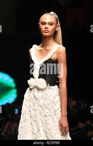 Los Angeles Fashion Week - Art Hearts Fashion - RC Caylan - Catwalk  Featuring: Model Where: Los Angeles, California, United States When: 14 Oct 2018 Credit: Sheri Determan/WENN.com - Stock Image