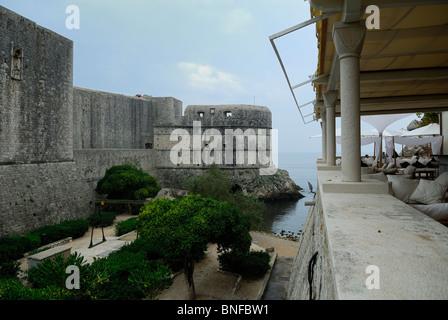 View of the walls of Dubrovnik, Croatia, showing Fort Bokar - Stock Image