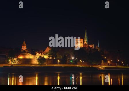 Teutonic Order castle in Torun city at night - Stock Image