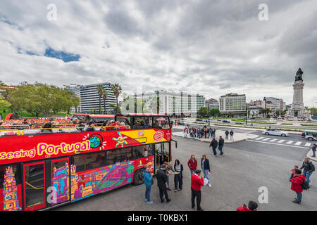 Hop on hop off touristic bus at Lisboa streets - Stock Image