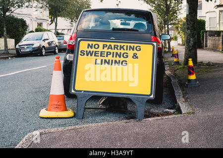 No parking enforcement notice  to allow for lining and sweepting road in Falmouth, Cornwall - Stock Image