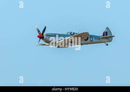Vintage Spitfire warbird - Stock Image