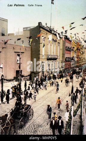 Aerial view of Calle Triana, Las Palmas, Gran Canaria, Canary Islands.      Date: circa 1900s - Stock Image