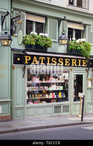 Lauderee Patisserie in Saint German des Pres, Paris France - Stock Image