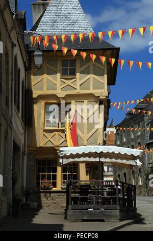Half timbered building in Rue du Olivier de Clisson, Josselin, Morbihan, Brittany, France - Stock Image