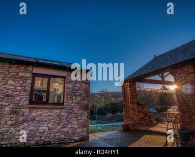 Wirksworth, Derbyshire, Peak District National Park, UK. 17th January, 2019. UK Weather: dusting of snow on the roof during sunrise Hatfield Farm, Wirksworth in the Derbyshire Dales, Peak District National Park Credit: Doug Blane/Alamy Live News - Stock Image
