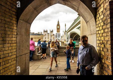 elizabeth tower, Big Ben, Houses of Parliament, big ben clock, houses of parliament London UK, London bridge, London - Stock Image