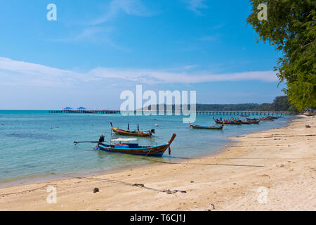 Hat Rawai, beach and pier, Rawai, Phuket island, Thailand - Stock Image