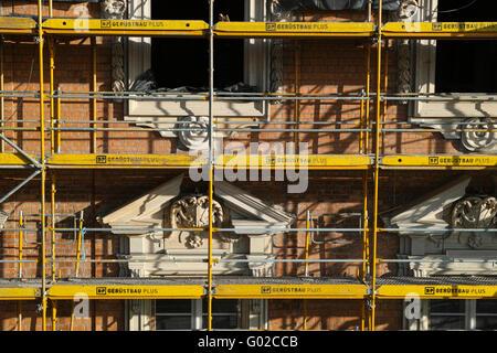 Stadtschloss fake facade assembling - Stock Image