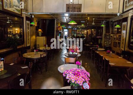 Chinese Tea Cafe, Chinatown, Kuala Lumpur, Malaysia. - Stock Image