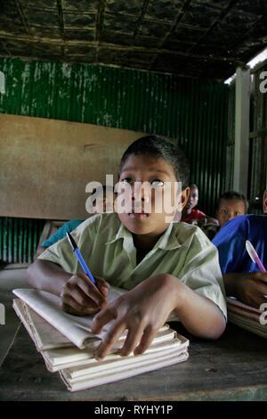 BANGLADESH Interior of a village school attnded by children of the Garo tribal minority, Haluaghat, Mymensingh region photo by Sean Sprague - Stock Image