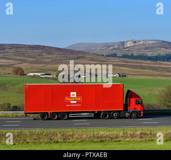 Royal Mail HGV. M6 Northbound carriageway, Shap, Cumbria, England, United Kingdom, Europe. - Stock Image