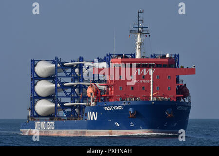 Deck cargo ship Vestvind - Stock Image