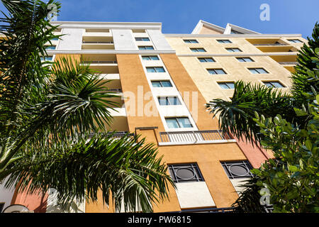 Fort Lauderdale Ft. Florida The Waverly at Las Olas high-rise condominium new building modern. exterior real estate lines window - Stock Image