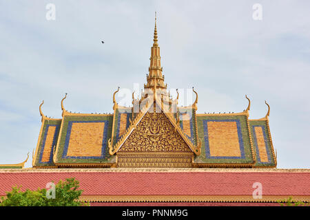 Detail of the Throne Hall roof inside the Royal Palace complex in Phnom Penh, Cambodia. - Stock Image