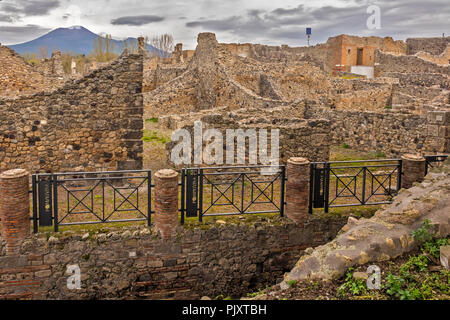 The Ruins Of Pompeii With Vesuvius In The Background Italy - Stock Image
