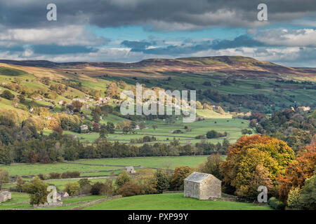Yorkshire dales National Park autumn landscape, Swaledale, Low Row and Calver Hill from Crackpot - Stock Image