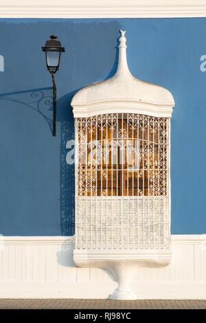 Colonial style windows of the main square in Trujillo, Peru - Stock Image