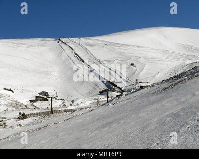 Cairngorm Mountain ski resort in Scotland - Stock Image