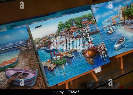Portugal, Algarve, Praia Da Rocha, Souvenir Plates - Stock Image