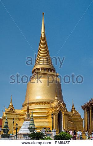 Wat Phra Kaew - the temple of the Emerald Buddha in Bangkok (Thailand) - Stock Image