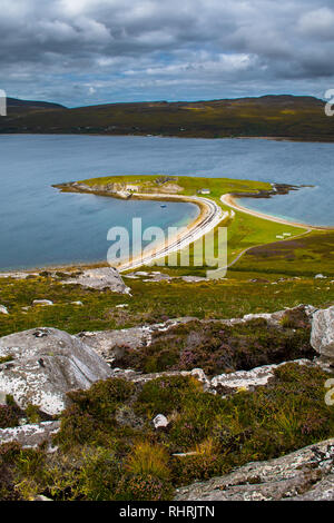 Peninsula Ard Neakie With Lime Kilns At Loch Eriboll In Scotland - Stock Image
