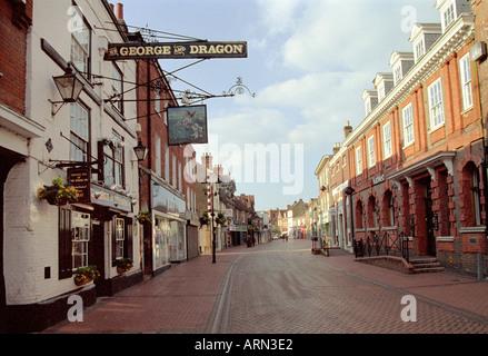 George and Dragon Pub, High Street, Amersham, Buckinghamshire, UK - Stock Image