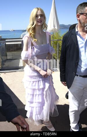 72nd Cannes Film Festival 2019, Celebrity Sightings. Pictured: Elle Fanning  Where: Cannes, France When: 14 May 2019 Credit: IPA/WENN.com  **Only available for publication in UK, USA, Germany, Austria, Switzerland** - Stock Image