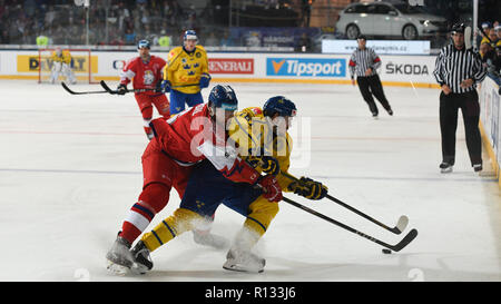 Prague, Czech Republic. 08th Nov, 2018. L-R DAVID MUSIL (CZE) and EMIL LARSSON (SWE) in action during the Ice-hockey Karjala Cup tournament first game: Czech Republic vs Sweden in Prague, Czech Republic, November 8, 2018. Credit: Michal Kamaryt/CTK Photo/Alamy Live News - Stock Image