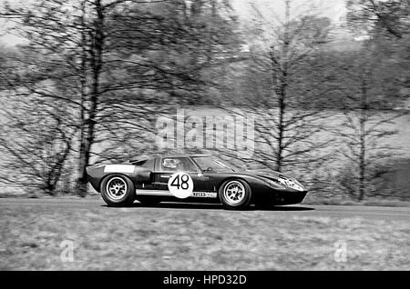 1966 Peter Sutcliffe GB Ford GT40 Tourist Trophy Oulton Park 3rd - Stock Image