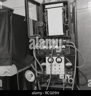 1950s, historical, Oxford University, infra machine - Stock Image