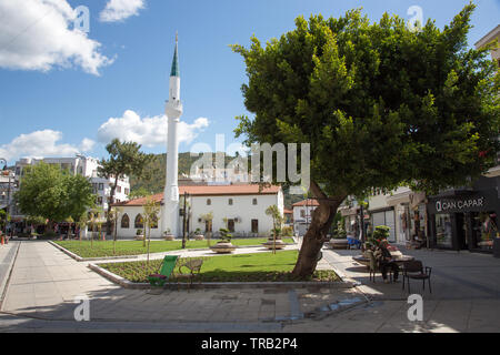 Eski Ibrahim aga cami mosque with Ottaman style miranet, Marmaris old town, Mugla province, Turkey - Stock Image