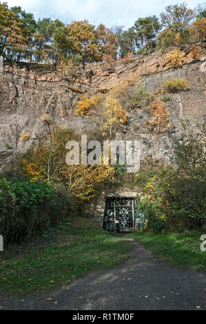 Rear entrance to the Nightingale coal mine in the former Dünkelberg Quarry,  Muttental, Witten, NRW, Germany. - Stock Image