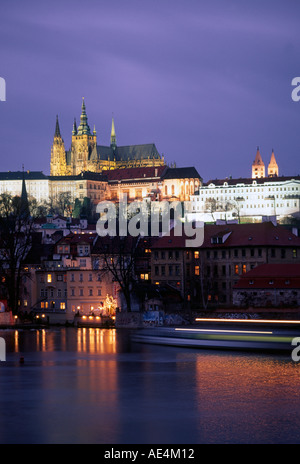 Czech Republic Prague castle Moldau at twilight - Stock Image